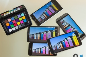 谁更出色?2014五大旗舰手机屏幕对比