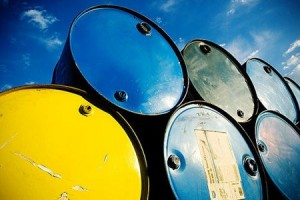 """新技术助""""地沟油""""逆袭 成为航空用油原料"""