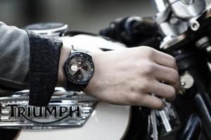 比肩MOTO 360 LG圆形智能手表曝光