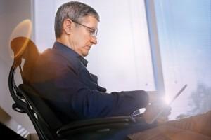 苹果CEO库克:身为同性恋者我感到自豪