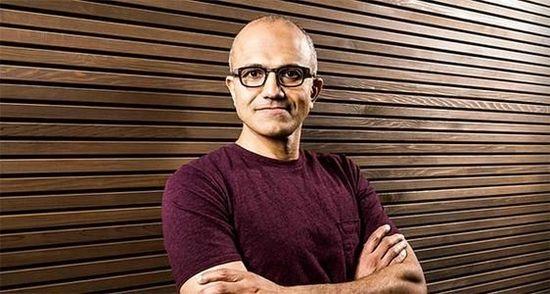 """微软新CEO:放弃""""Windows第一""""政策"""