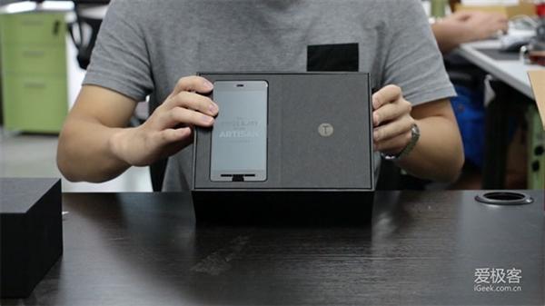 锤子手机量产版开箱视频
