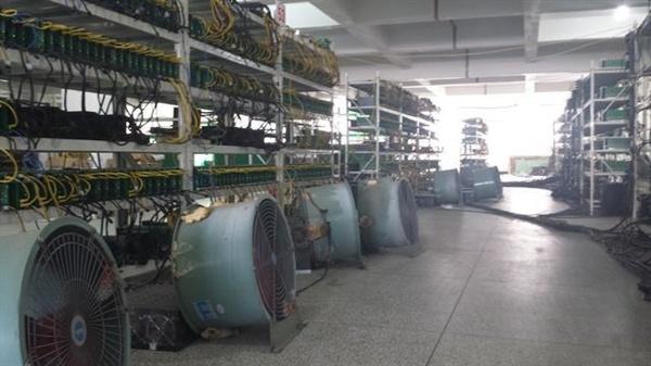每月电费40万:带你探秘国内巨型比特币工厂