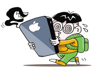 手机伤眼甚过电脑 人成年后近视度数也会增加