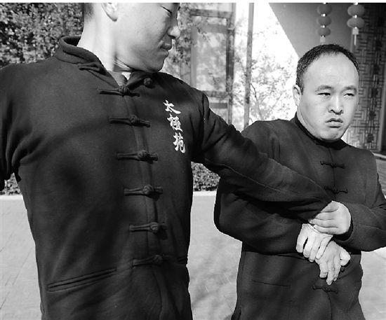马云贴身保镖曝光:8岁习武擅长陈氏太极拳