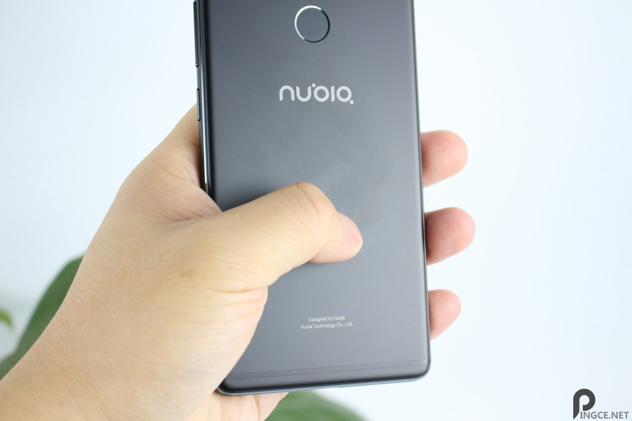 努比亚Z17详细评测(对比小米6、三星S8)