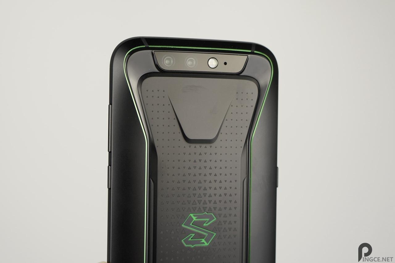 黑鲨游戏手机详细评测(对比红魔、一加6、小米8)