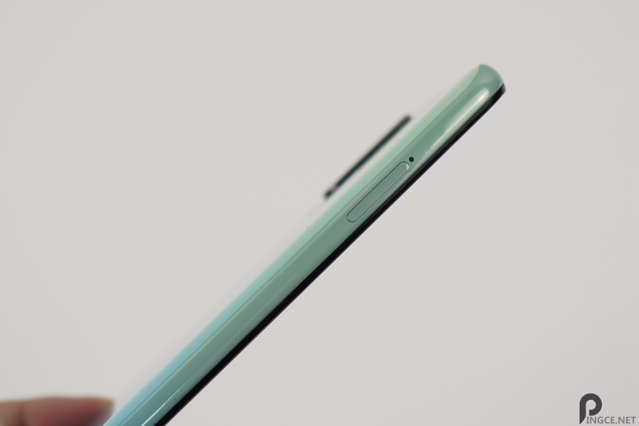 三星A60元气版评测 对比红米Note7Pro